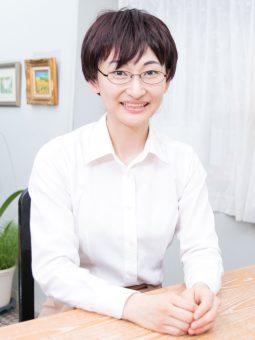 カウンセラー 丸田 愛子